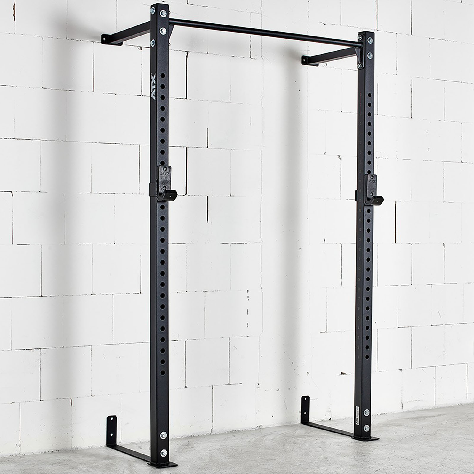 wall mounted half rack