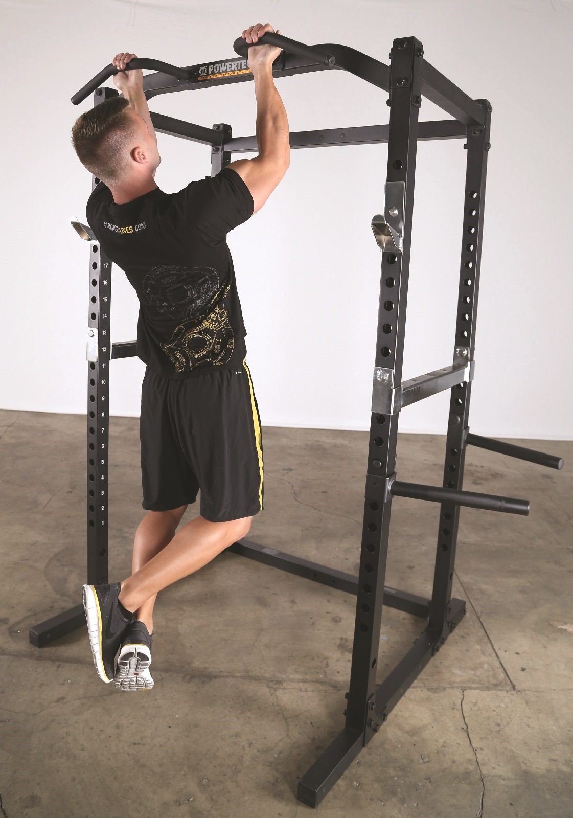 Power Rack with Multi Grip Chin Up
