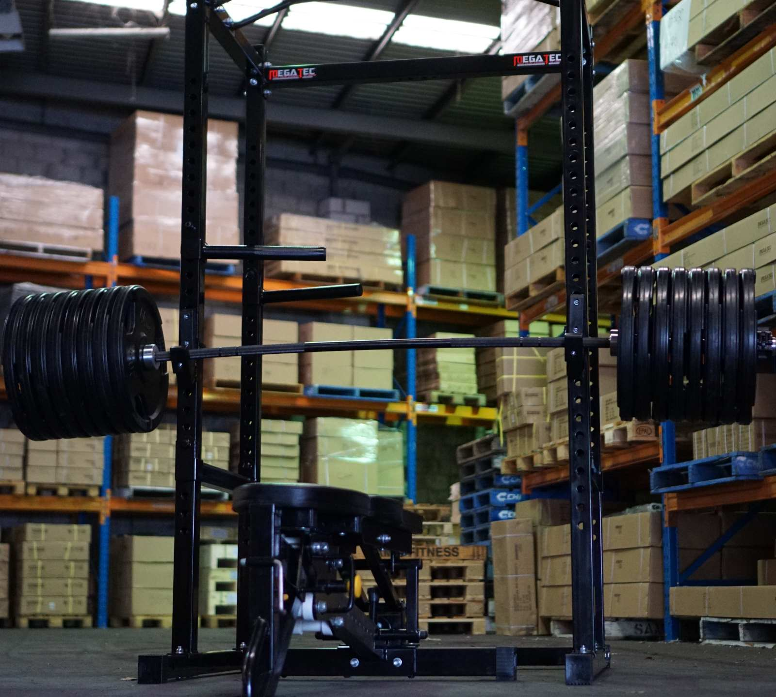 powerlifting and weightlifting bar