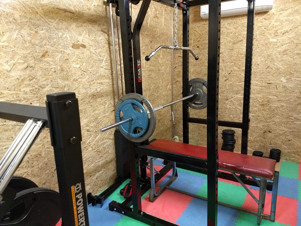 Mikes shipping container home gym