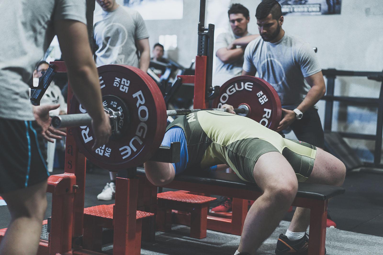 180kg bench press