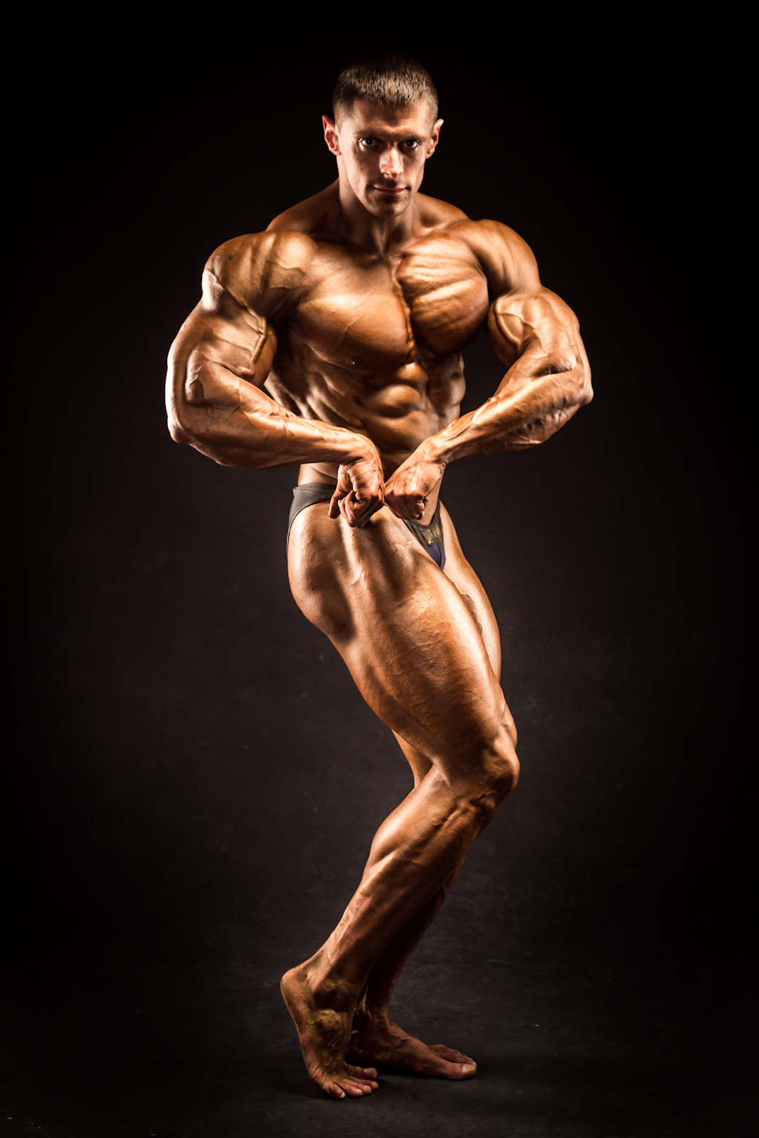 Posing might seem like an odd thing to do, but it helps a bodybuilder show off specific muscle groups